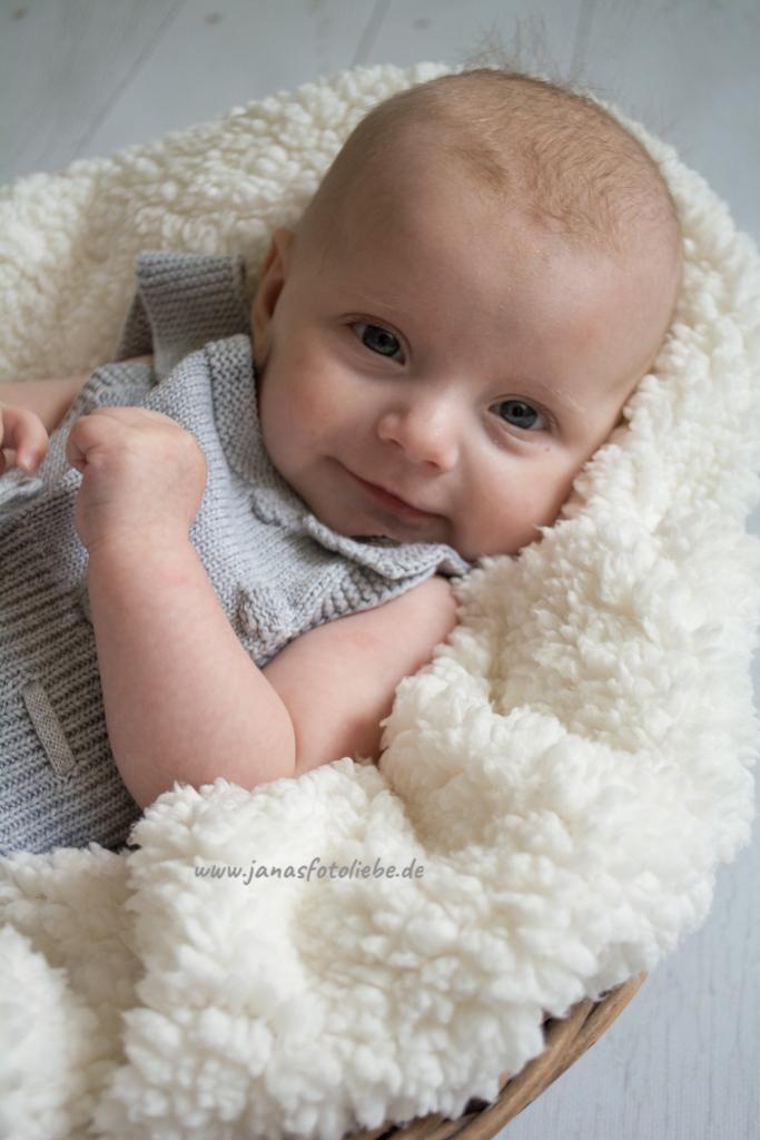 02.09.2019-Veronika-babyshooting-10
